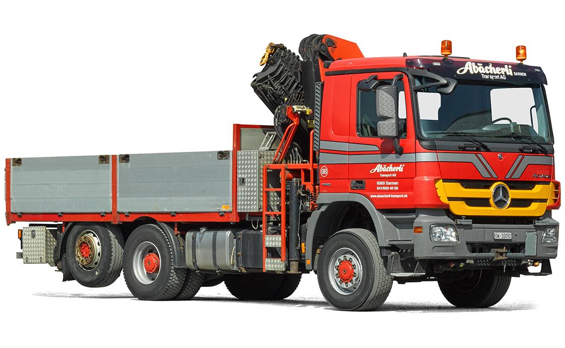 3-Achs-Allrad-Lastwagen mit 27 mto.-Kran